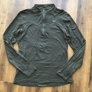 Nike pull over 3/4 zip army green Sz L